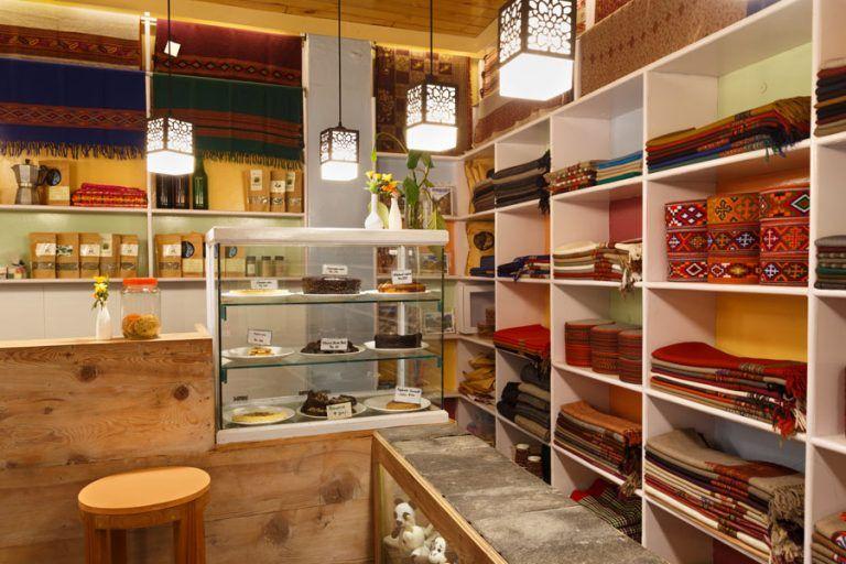 Wool Cafe at Hotel Naggar Delight